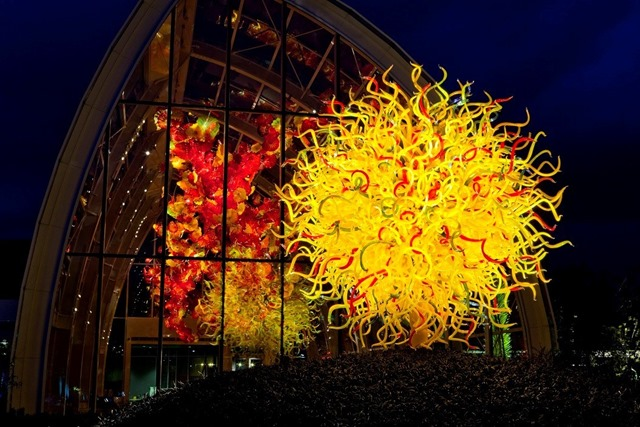 Build_Chihuly